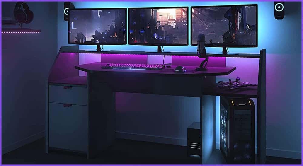Gaming-Tische für 3 Monitore